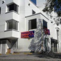 EDIFICIO ESQUINERO CON CUATRO LOCALES